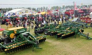Экспозиции ученых-аграриев на «Белагро-2012»