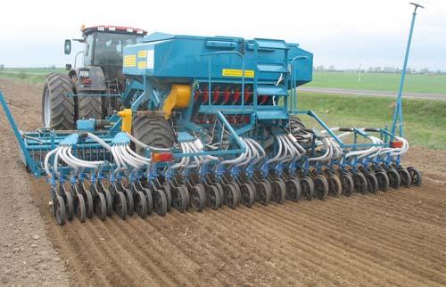 Особенности подготовки и работы почвообрабатывающей и посевной техники на осеннем севе под урожай 2011 года